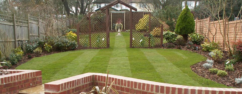 http://lmc-uk.com/wp-content/uploads/2014/07/garden.jpg